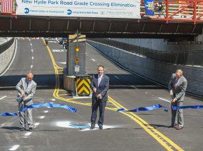 New Hyde Park Grade Crossing 08-24-20