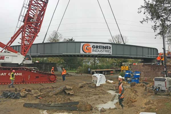 Accabonac Road Bridge - Setting Bridge Superstructure in Place - 10-30-19