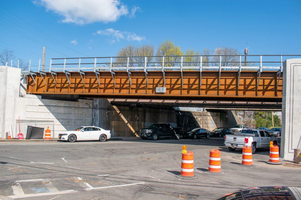 Plainfield Avenue Bridge